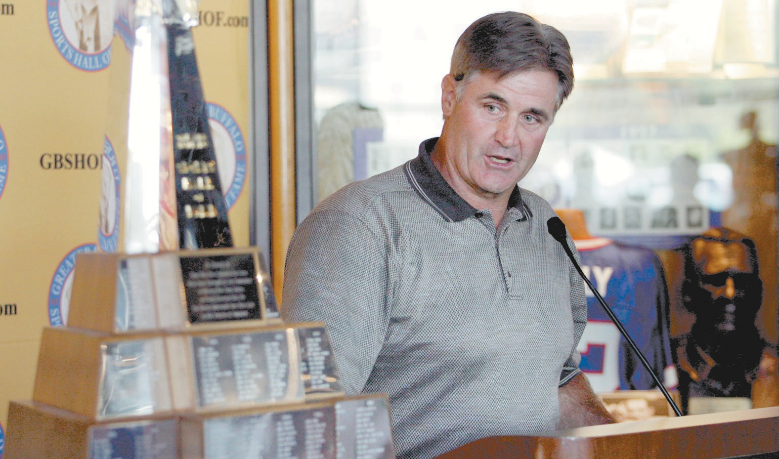 Burt recognized by Buffalo Sports Hall of Fame   Orchard Park Bee